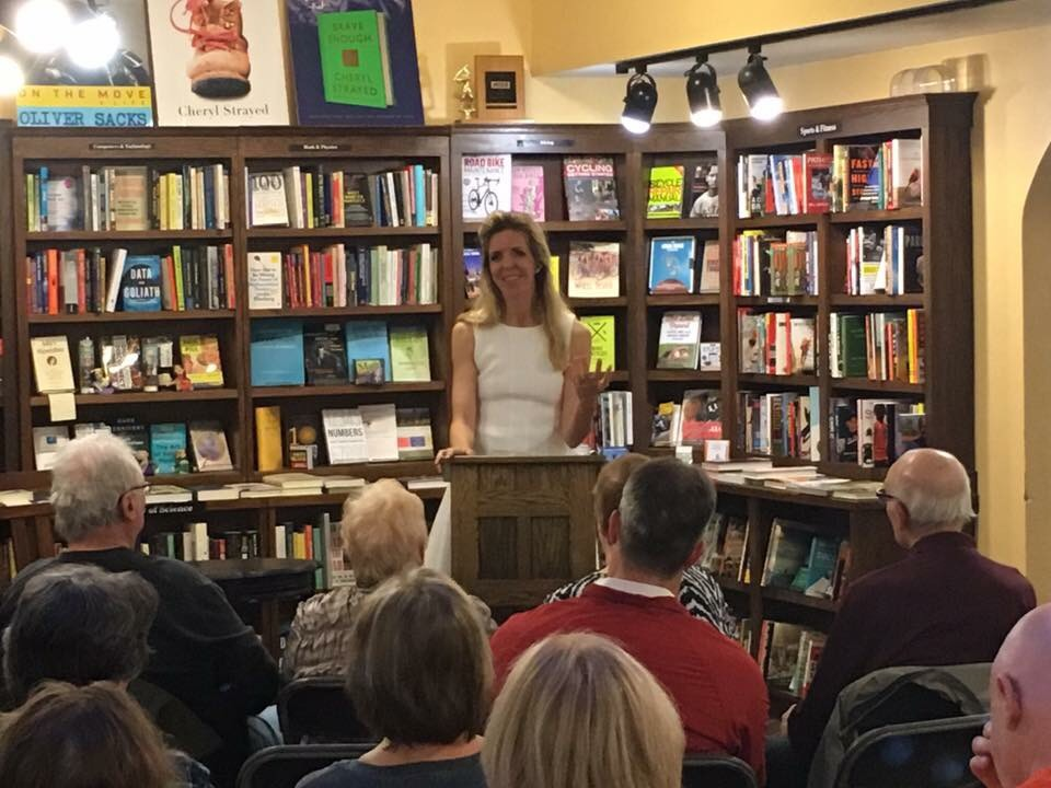 marypflumpetersonbookstoreappearance.jpg